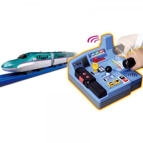 要出典 3歳 男の子 誕生日プレゼント タカラトミー プラレール まるごと鉄道体験!E5系はやぶさコントロールセット