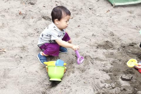 miku転載 1歳 外遊び