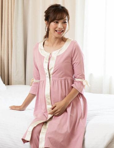 要出典 マタニティパジャマ スウィートマミー マタニティ授乳服 サテンパイピングナイティ 前開きパジャマ