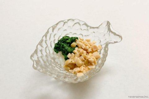 アイラップ 離乳食 中期 たらと小松菜のねばねばあえ混ぜあわせる