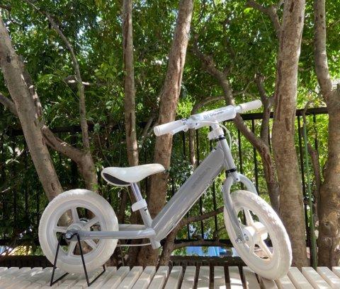 要出典 2歳 自転車 アルコバキックバイク 12インチ