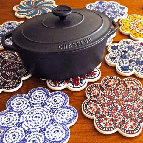 要出典 ママ友 誕生日プレゼント IZNIK(イズニック) トルコ製 鍋敷き